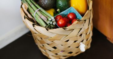 food-tomato-basket
